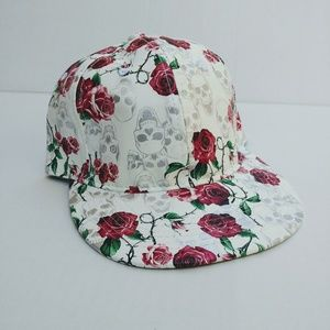 c1fd23ee4beeb david and young · White roses skulls printed hat